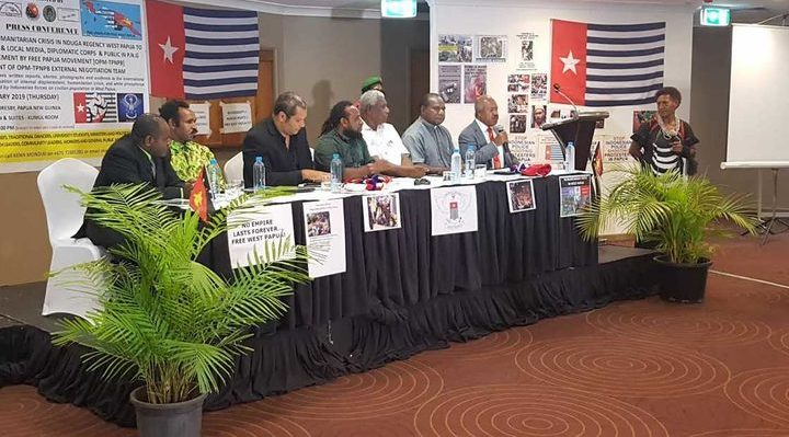 Governor of Papua New Guinea's National Capital Powes Parkop (with mic) speaks at OPM (Free Papua Movement) press conference in Port Moresby 31 January 2019 Photo: Supplied