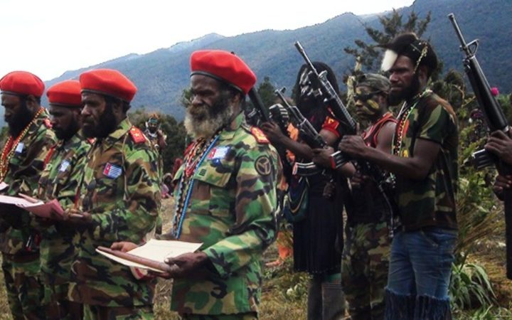 West Papua Liberation Army destroys digger in renewed violence