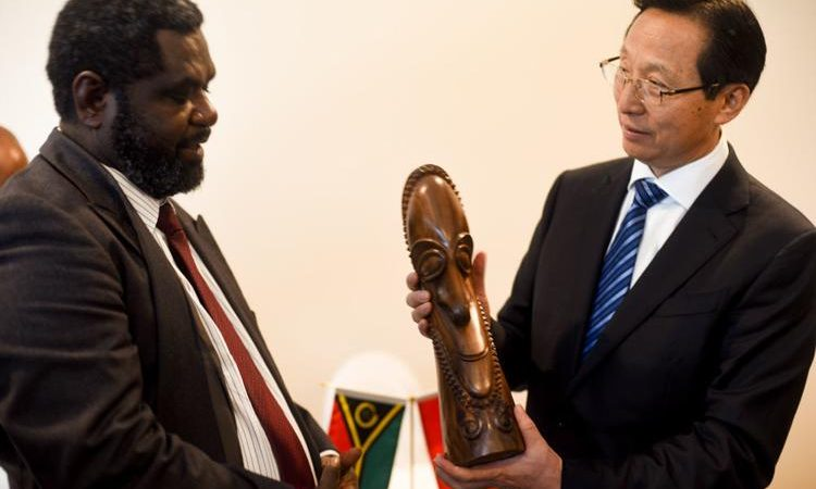 Vanuatu requested to support China's candidate for top FAO post