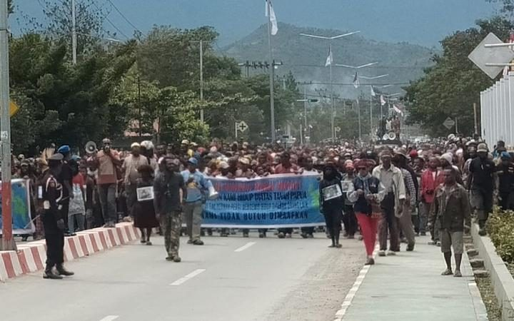 More protests in Papuan regencies